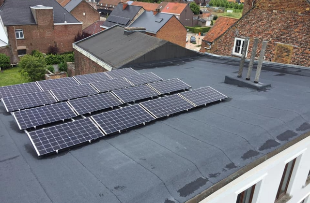 Dakdichting en zonnepanelen